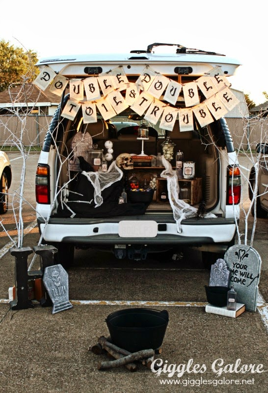 Decorating A Minivan For Christmas