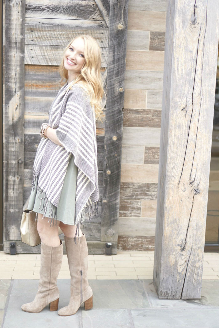 fashion cape, fashion poncho, winter layers, winter dresses, fall layers, how to style a poncho
