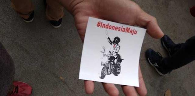 Stiker Jokowi Naik Moge Beredar di GBK Jelang Penutupan Asian Games, Siapa Bagikan?