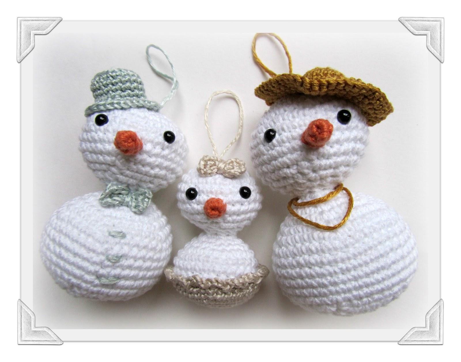 Amigurumi Snowmen family