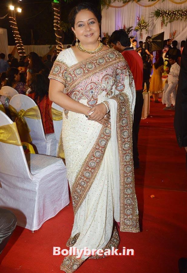 Neelu Vaghela, Diya Aur Baati Hum star Deepika Singh Marriage Pictures