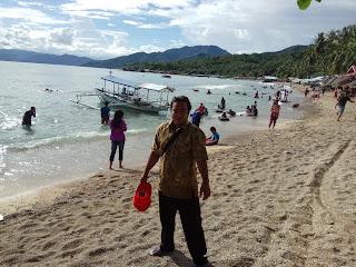 pantai di gorontalo