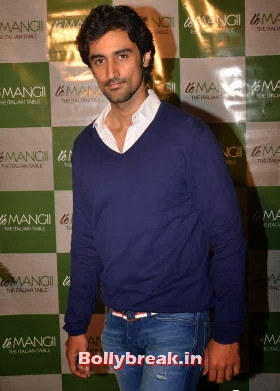Kunal Kapoor, Page 3 Celebs at 'Le Mangii' Launch Party