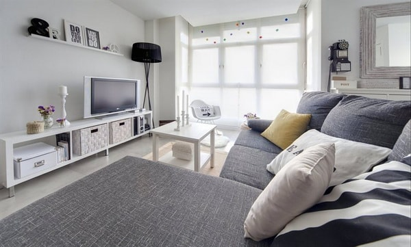 5 Tips To Decorate The Living Room 2