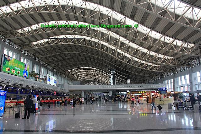 ChengDu Airport concourse, ChengDu, Sichuan, China