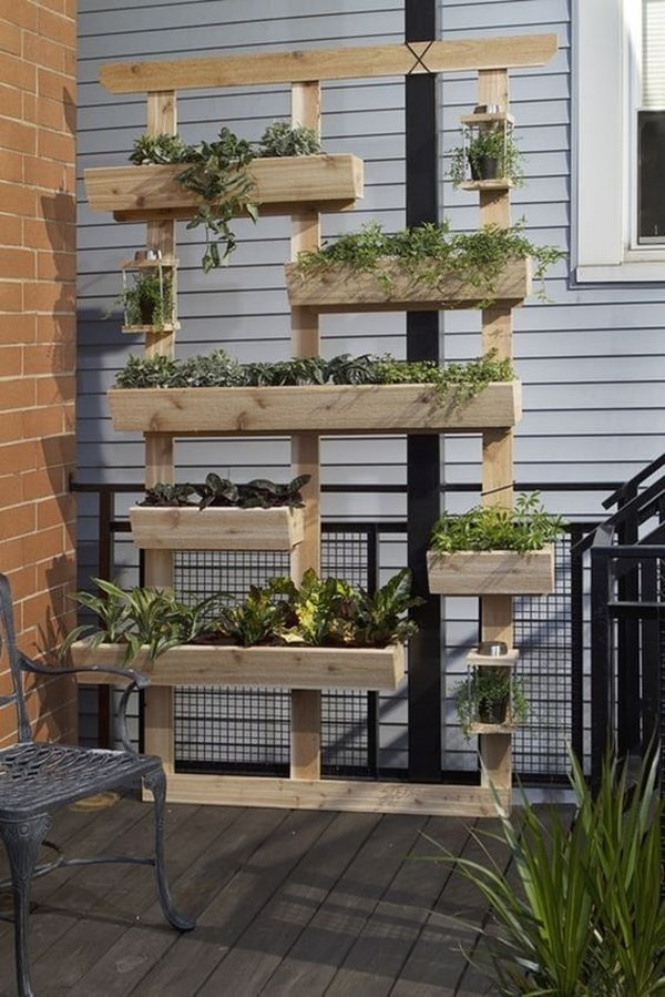 Things you can do with recycled pallets 12