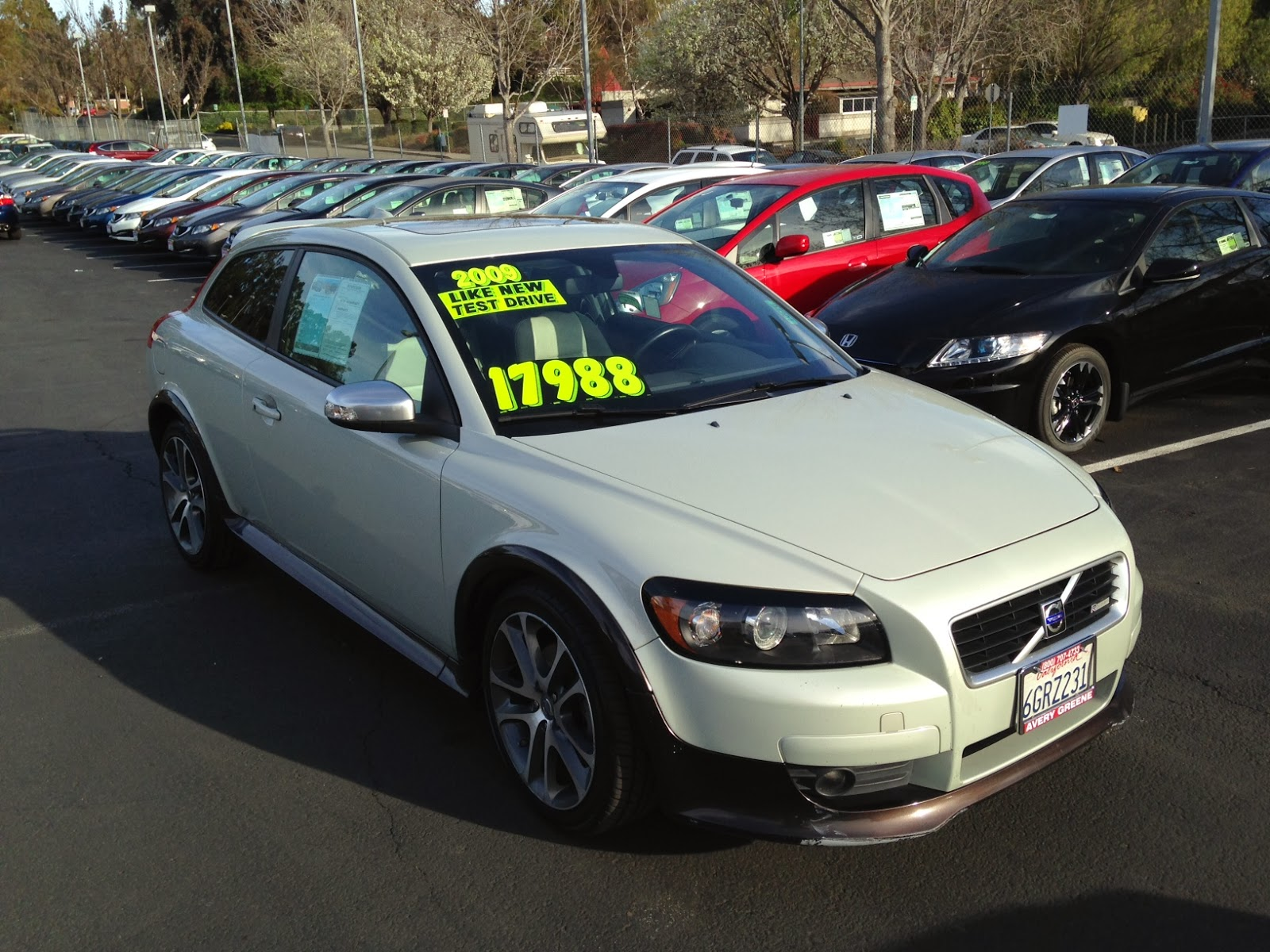 2009 Volvo C30 T5 6m R Design Test Drive