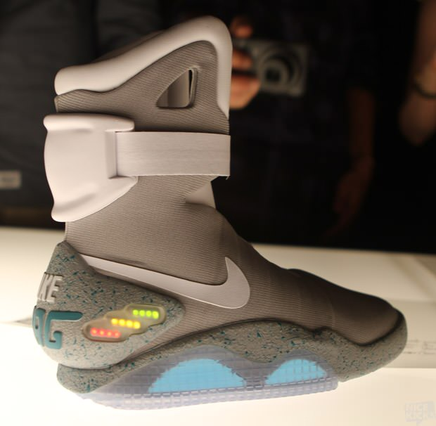 Der Nike MAG aus Back to the Future II ab September 2014 ( 5