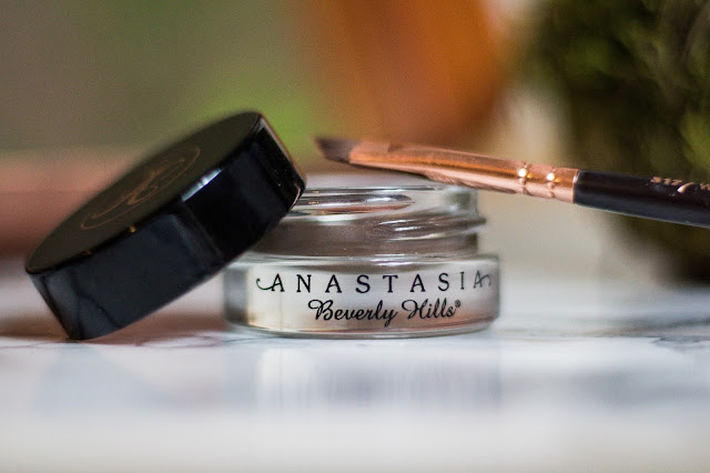 Brow pomade Anastasia Beverly Hills