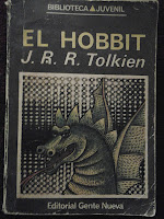 Book cover of the Spanish version of The Hobbit by J.R.R. Tolkien