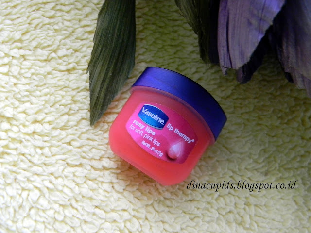 Vaseline Lip Therapy Rose Lips (Review)