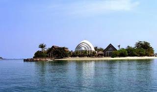 http://www.teluklove.com/2017/03/pesona-keindahan-wisata-pulau-umang-di.html