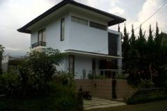villa 3 kamar istana bunfa BLOK J NO 4