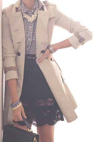 Trench Coat Outfit Ideas & Inspiration   Summer To Fall Transition Outfits // Beauty With Lily, A West Texas Beauty, Fashion & Lifestyle Blog