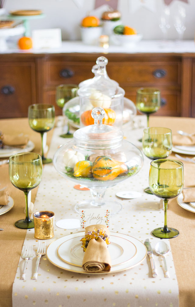Thanksgiving dinner decorating ideas with minted design - Thanksgiving dinner table decorations ...