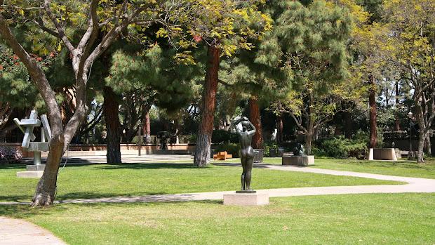Amazing Sculpture Gardens In World