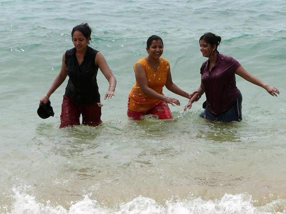 Wet  Bikini Teens - 6  Sri Lankan  Desi Indian Girls-4669