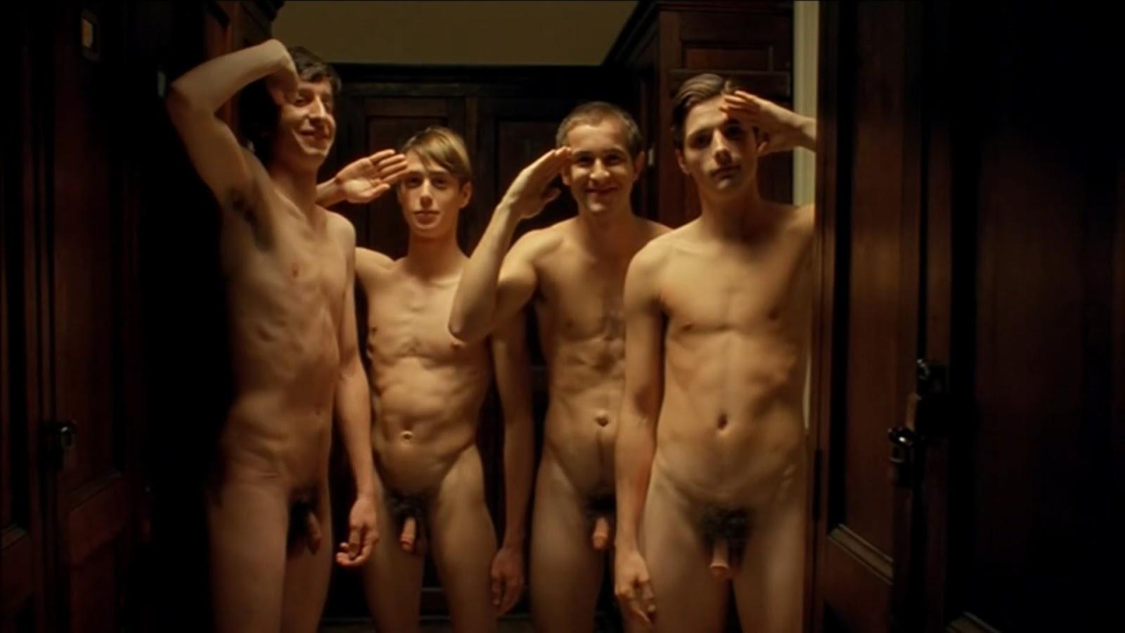 Фильм про голых мужиков трах голыми девушками