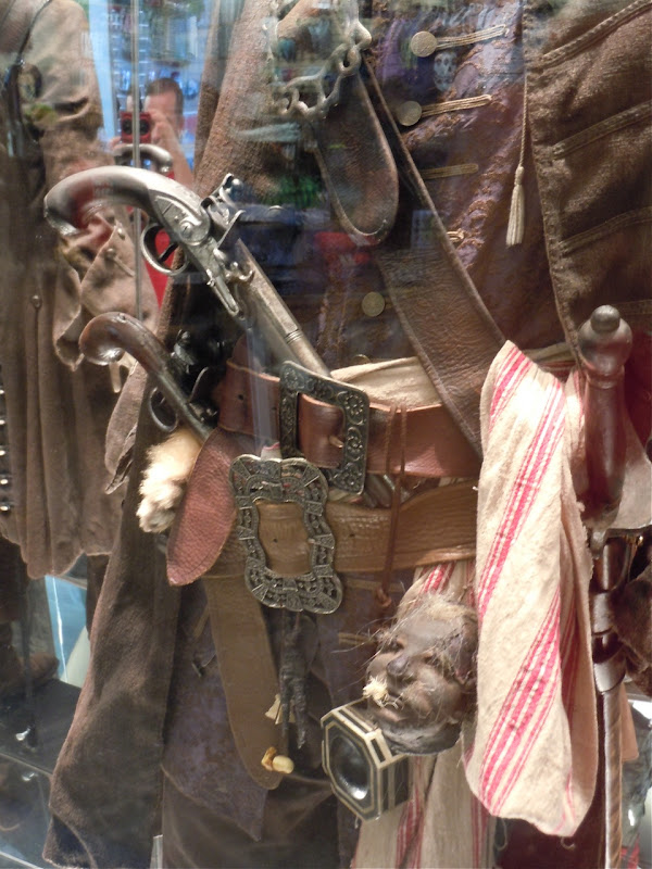 Pirates 4 Jack Sparrow costume detail