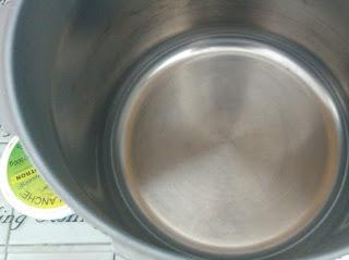 Bulle et Funambule-Récupérer un fond de plat brûlé