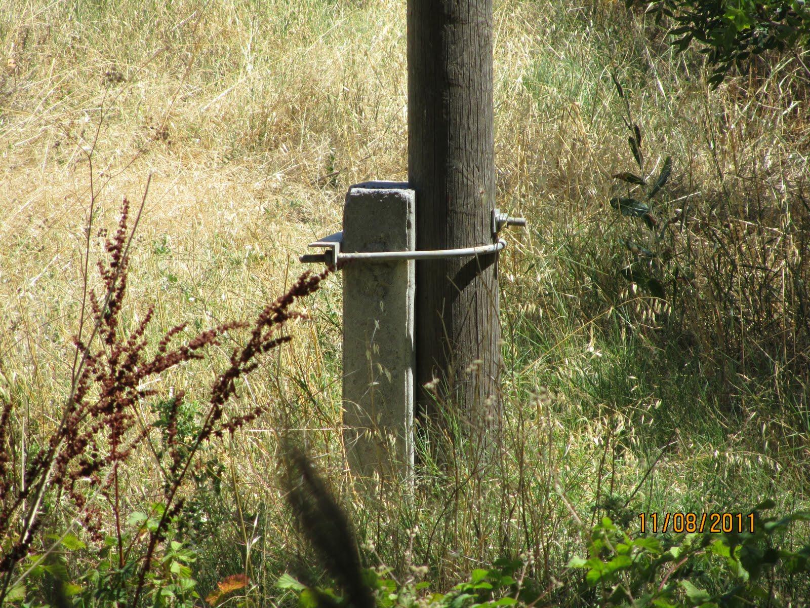 Electricidad electricitat postes de madera en mt - Postes de madera ...