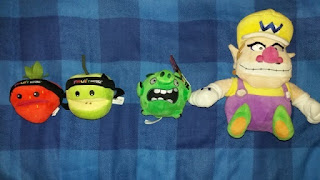 Fruit Ninja, Angry Birds Piggy and Wario