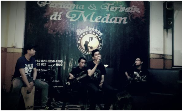 Live Perform RiverFlow at Keude Kupie Ule Kareng & Gayo