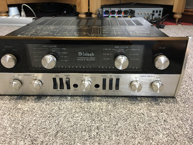 Preamplifier - McIntosh C22 - Made in USA