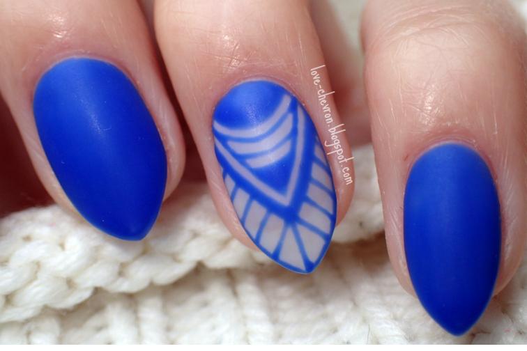 negative space nails, matowe paznokcie, hybrydy