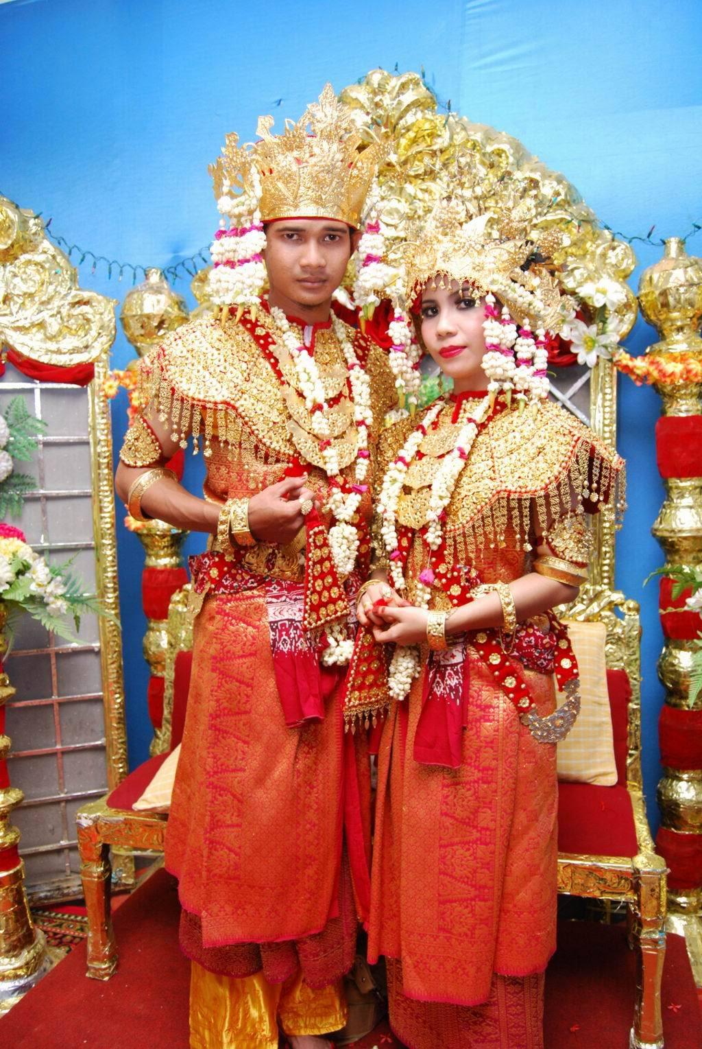 LikeDomokunblog Baju tradisional Indonesia