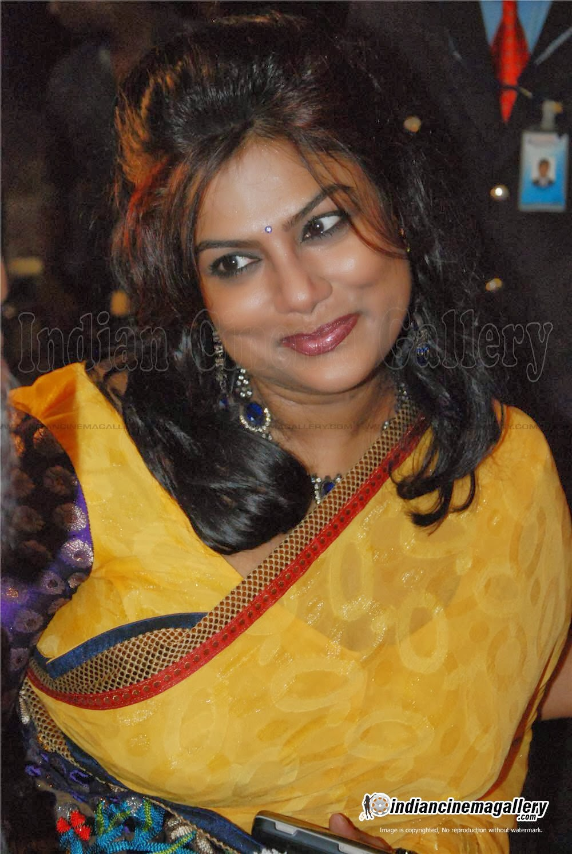 Malayalam actress ranjini hot unseen boobs squeezed - 5 10