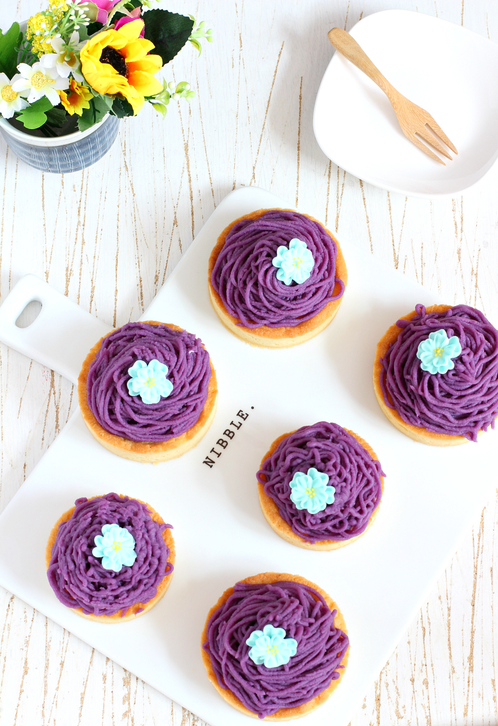my bare cupboard: Purple sweet potato mont blanc tartlet