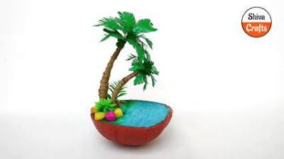 Miniatur dari Batok Kelapa