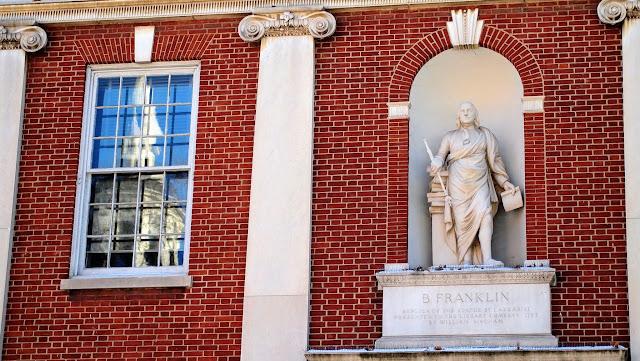 Statue of Benjamin Franklin in Center City Philadelphia