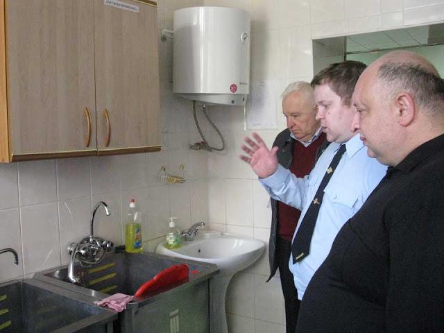 Общественники посетили изолятор временного содержания при УМВД Сергиев Посад