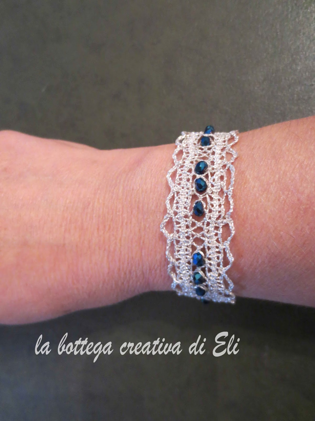 http://labottegacreativadieli.blogspot.it/2014/11/bracciale-tombolo.html