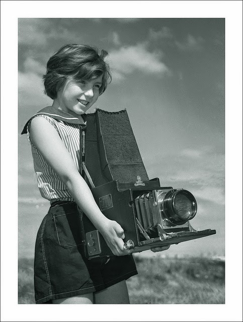A Collection Of 60 Interesting Vintage Photos Of