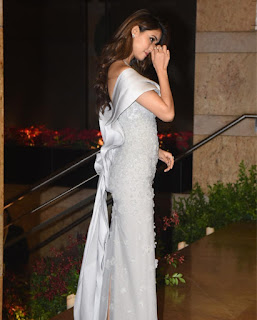 Disha Patnai absolutely Stunning at Reception of Deepika Padukone Ranveer Singh
