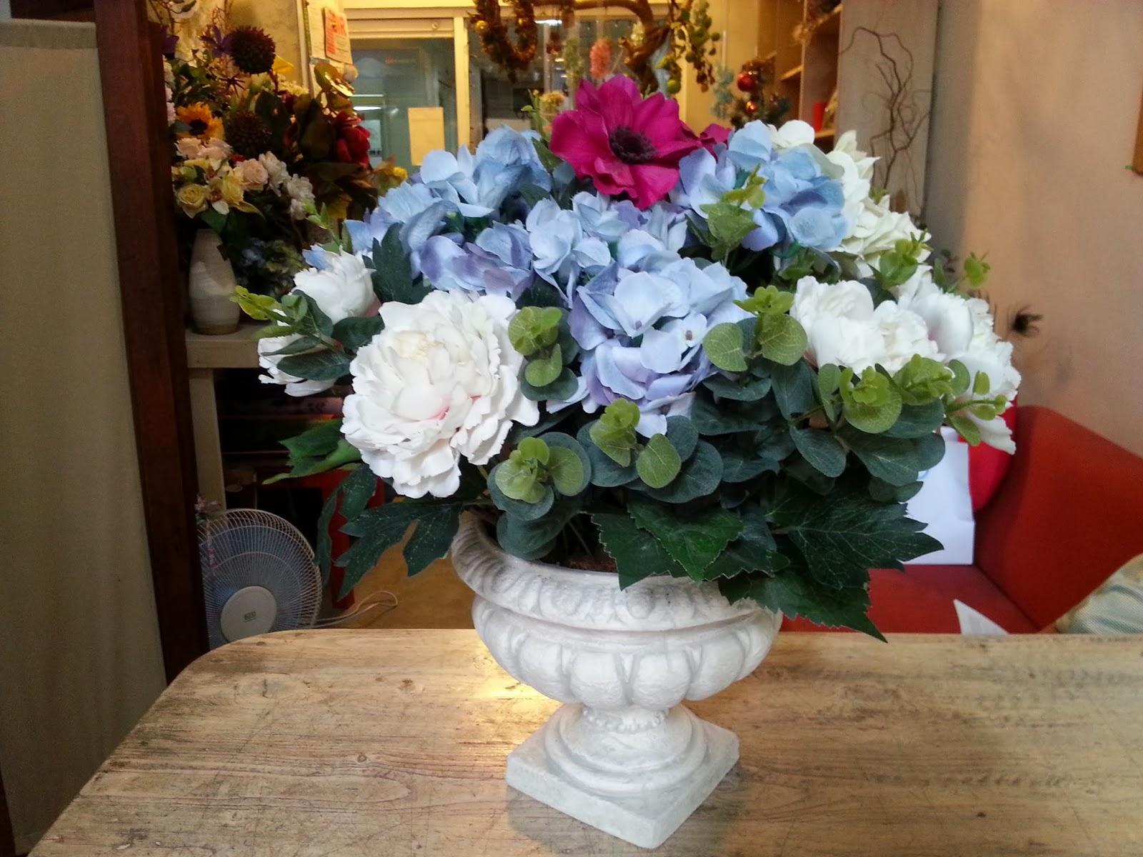 Hydrangea Artificial Flowers With Nice Antique Vase Flower Delivery In Ortigas Makati Bonifacio All Metro Manila