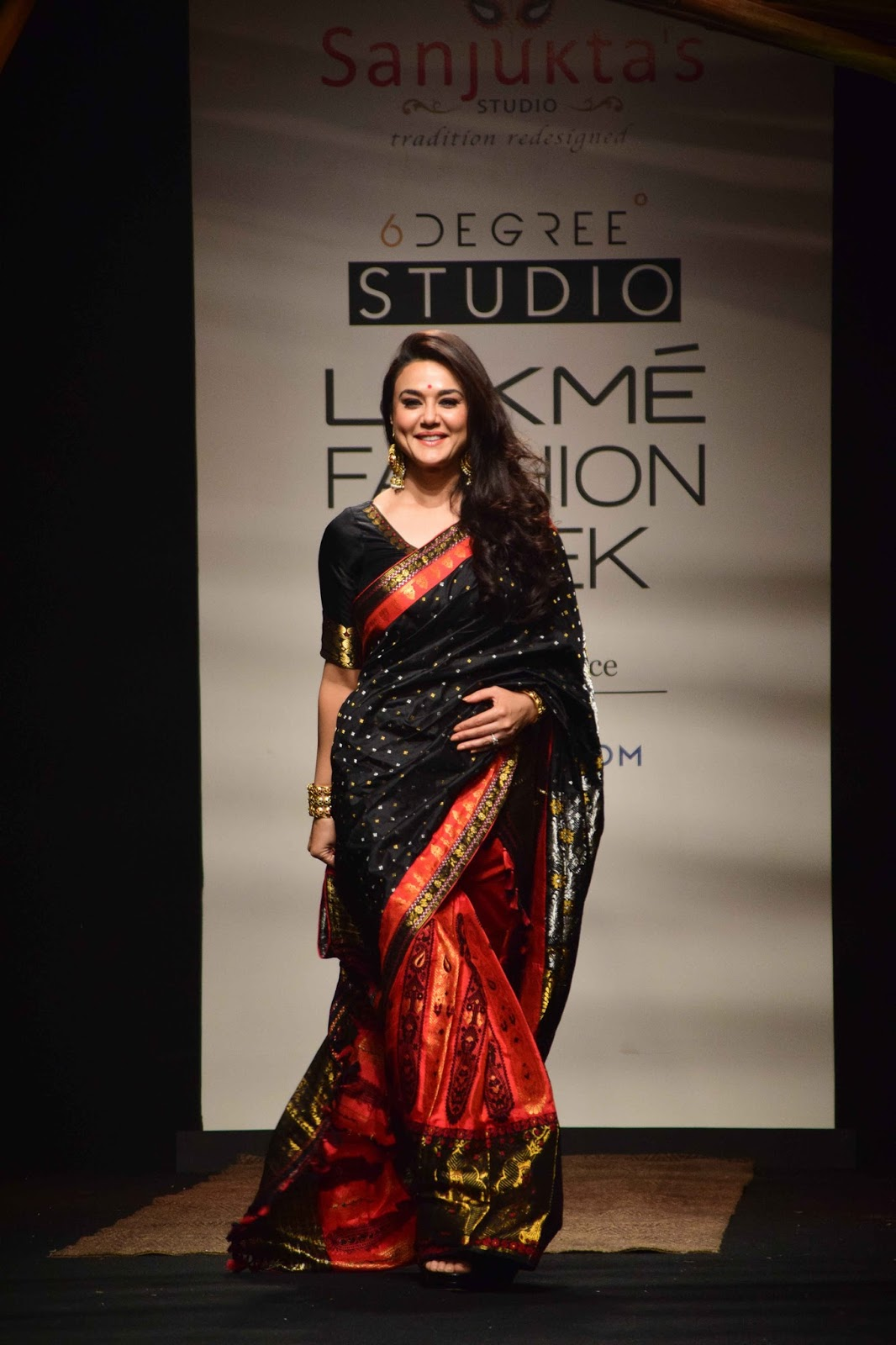 Preity Zinta In Black Saree at Lakme Fashion Week 2017