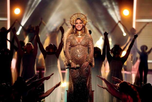 Reported rumors of Beyoncé going into labor swirl as Twitter goes crazy in anticipation of twins' possible arrival