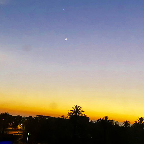 Moon and Venus, outside hotel window at SAS Symposium in Ontario, CA (Source: Palmia Observatory)