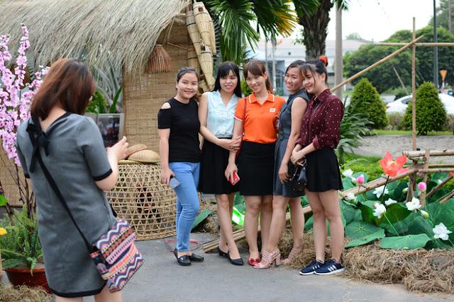 Cán Bộ CNV FPT Hồ Chí Minh Nô Nức Tham Gia Hội Làng 5