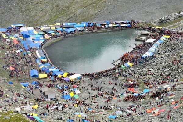 Manimahesh: भैरोघाटी के शिवघराट में पहाड़ से आती है घराट चलने की आवाज