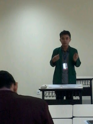 Pengalaman Pertama Jadi English Debater - EDS UHAMKA #1