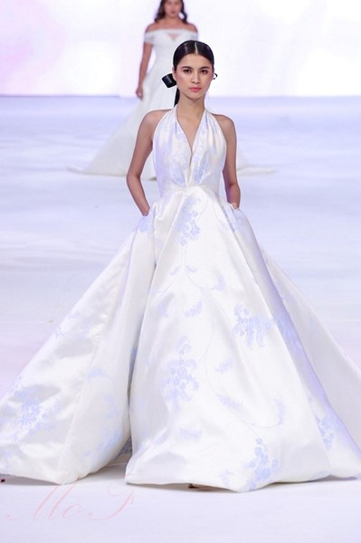 Twilight Style Wedding Dress 70 Vintage Her style speaks of