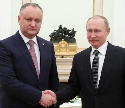 Vladimir Putin and President of Moldova Igor Dodon in Moscow.