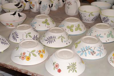 stoneware bowls bird design