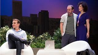 Tres de los actores de El test [Teatro Alcázar], de izquierda a derecha: Luis Merlo, Antonio Molero y Maru Valdivielso