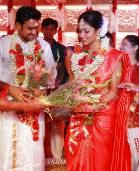 Beautiful Saree And Lehenga Pictures